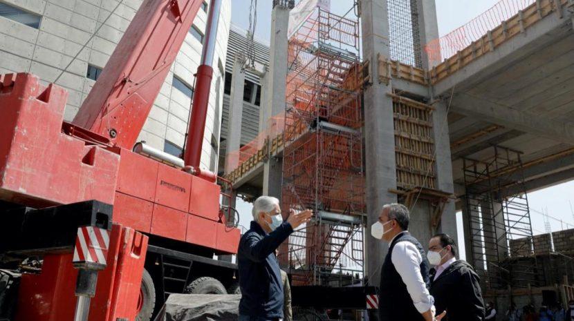 SUPERVISA ALFREDO DEL MAZO CONSTRUCCIÓN DE LA LÍNEA 2 DEL MEXICABLE