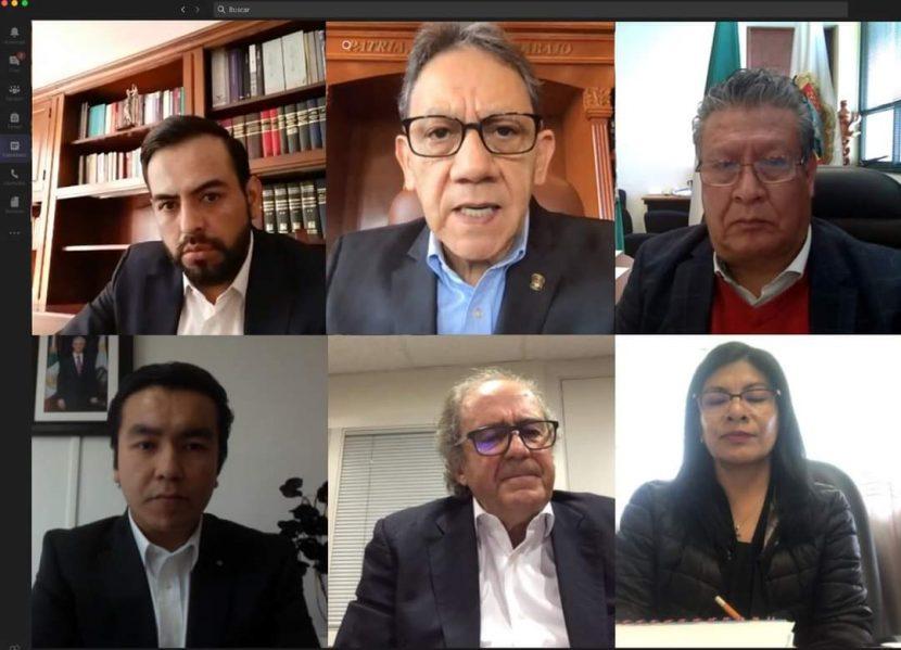 ALFREDO BARRERA INAUGURA CICLO DE CONFERENCIAS EN EL CENTRO UNIVERSITARIO