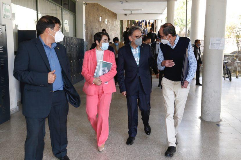 ENSEÑANZA PÚBLICA NO PUEDE NI DEBE DETENERSE: ALFREDO BARRERA