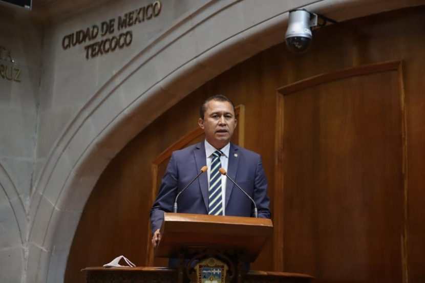 REDUCIR TIEMPOS DE OPERACIÓN DE CONSEJOS DISTRITALES Y MUNICIPALES: GERARDO ULLOA