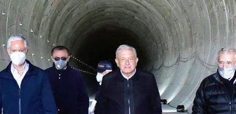 AMLO Y DEL MAZO SUPERVISAN OBRAS DEL TREN INTERURBANO
