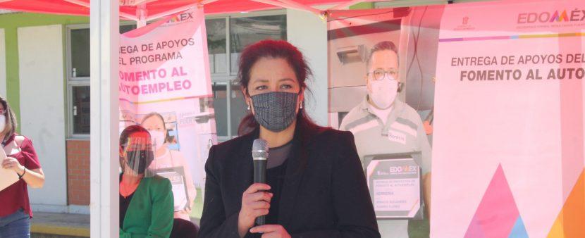 RECIBEN PEQUEÑOS NEGOCIOS APOYOS DE LA SECRETARÍA DEL TRABAJO
