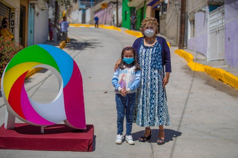 RUTH OLVERA ENTREGA OBRAS DE REPAVIMENTACIÓN