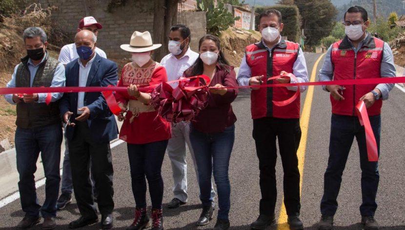 INAUGURA DIPUTADA DE MORENA VIALIDAD EN JIQUIPILCO