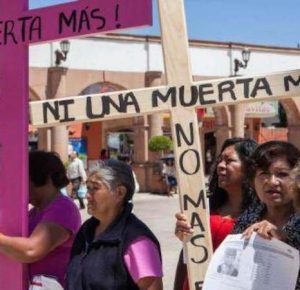 MILES DE MUJERES MARCHAN POR LAS DESAPARECIDAS DE JUÁREZ