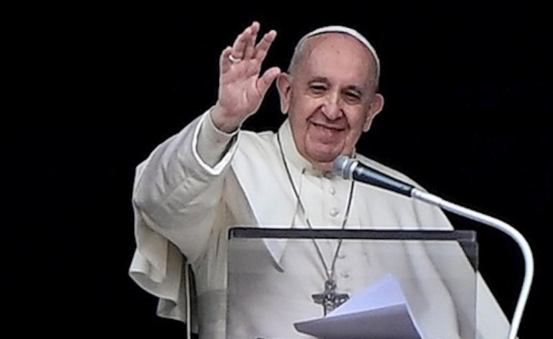 PAPÁ FRANCISCO REAPARECE TRAS RESTRICCIONES POR COVID-19