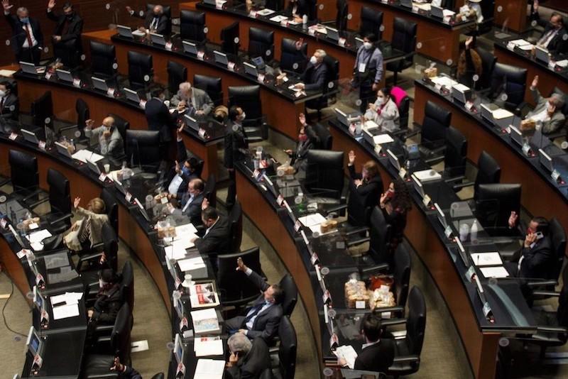 SENADO APRUEBA REFORMA PARA REGULAR EL OUTSOURCING