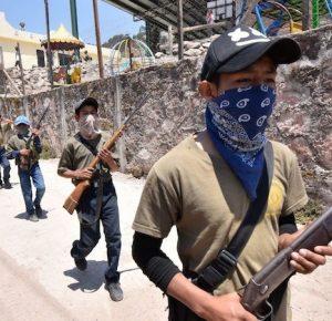 MÁS DE 30 NIÑOS SE SUMAN A LA POLICÍA COMUNITARIA DE GUERRERO
