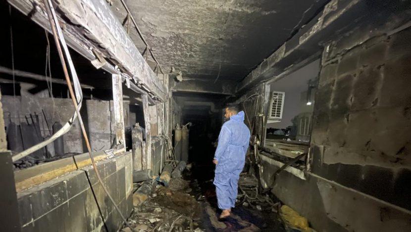 AL MENOS 82 MUERTOS EN HOSPITAL DE BAGDAD POR EXPLOSIÓN