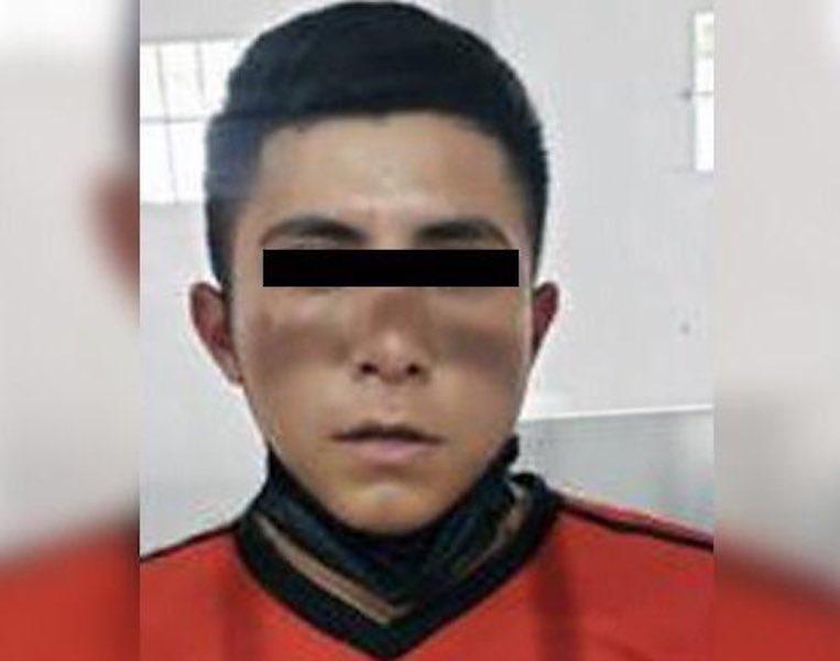 DETIENEN A PROBABLE HOMICIDA DE 18 AÑOS EN ECATEPEC
