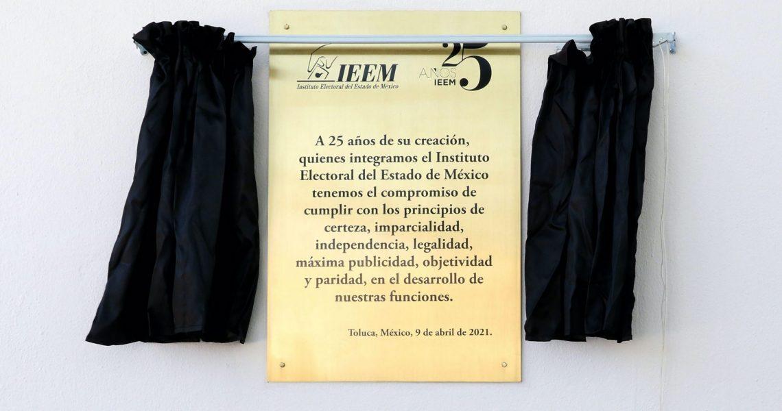 CUMPLE IEEM 25 AÑOS DE FORTALECER LA DEMOCRACIA EN EDOMEX
