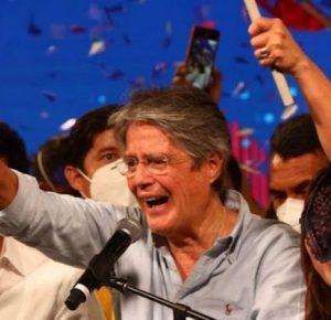 GUILLERMO LASSO GANA LA PRESIDENCIA DE ECUADOR