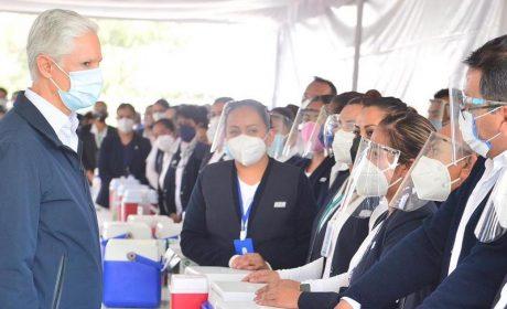 VACUNACIÓN EN EDOMÉX SE LLEVA A CABO EN 77 MUNICIPIOS