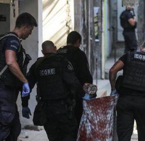 DECENAS DE MUERTOS EN OPERATIVO POLICIAL EN BRASIL