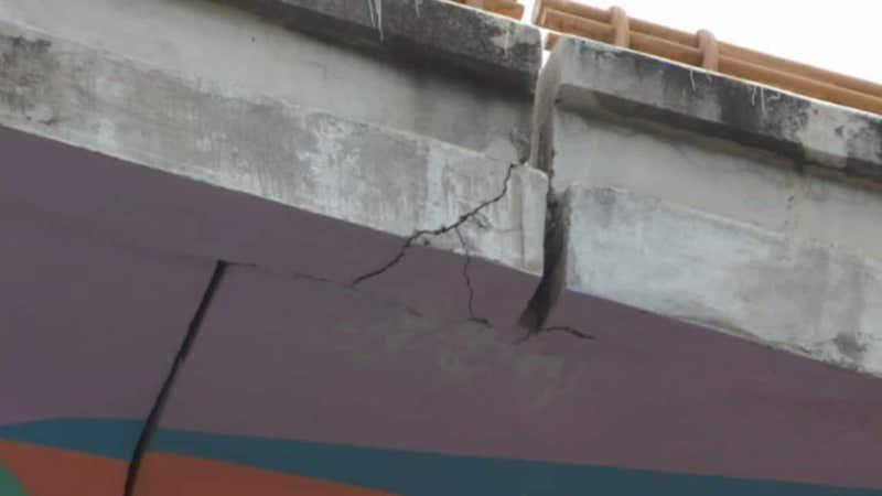 TRAS COLAPSO DE LA L-12 CIERRAN PUENTE EN ACAPULCO POR RIESGO