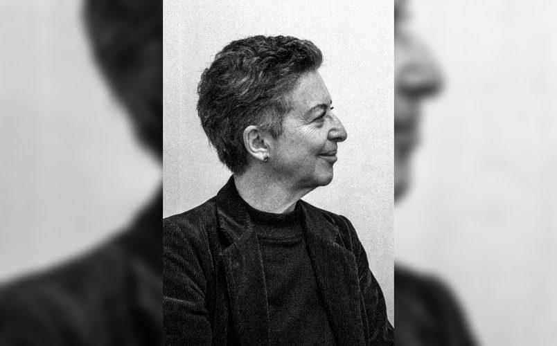 BÁRBARA JACOBS, «LA ESCRITURA TE MANTIENE VIVA, ES UNA MEDICINA»