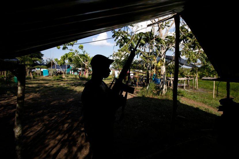 ACEPTAN LAS FARC RESPONSABILIDAD POR MILES DE SECUESTROS EN COLOMBIA