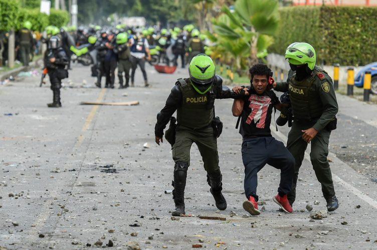 SUMA COLOMBIA 38 DÍAS DE PROTESTA Y REPRESIÓN