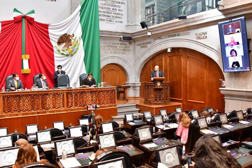 HAY PENALES DONDE COBRAN  HASTA 2 MIL 500 PESOS POR TRÁMITE GRATUITO DE  AMNISTÍA