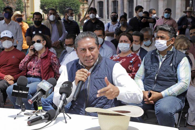 ALCALDES Y DIPUTADOS APOYAN A JUAN RODOLFO EN SU PROTESTA