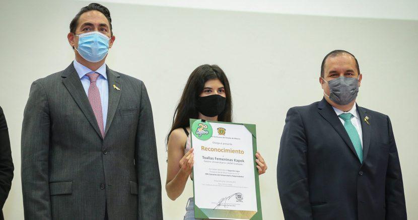ESTUDIANTE UAEM DESARROLLA TOALLA FEMENIDA BIODEGRADABLE