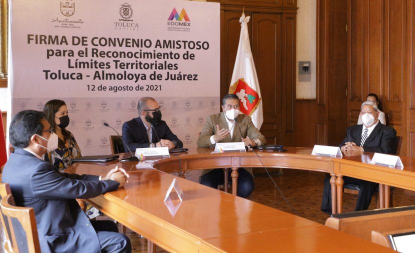 FIRMAN TOLUCA Y ALMOLOYA DE JUÁREZ CONVENIO DE LÍMITES TERRITORIALES