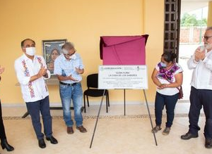 INAUGURAN CENTRO PARA MUJERSE INDÍGENAS EN AYUTLA, GUERRERO