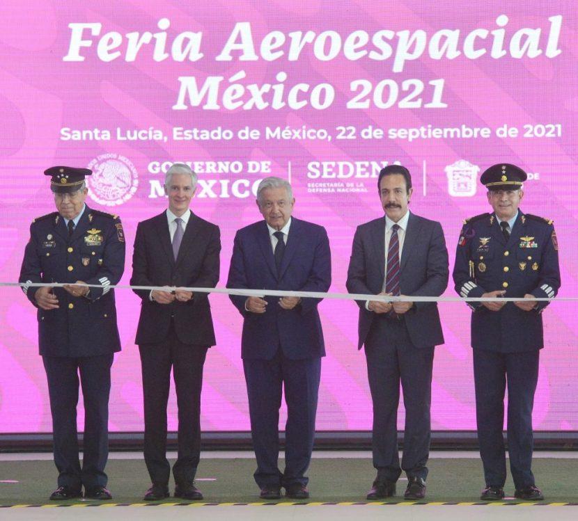 ADMM ACOMPAÑA AL PRESIDENTE EN LA FERIA AEROESPACIAL MÉXICO 2021