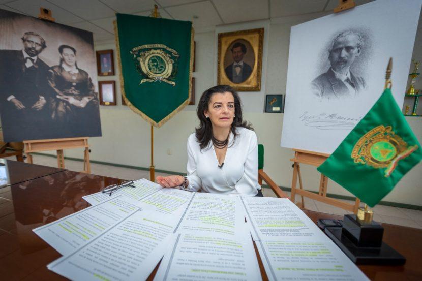 MARICELA DEL CARMEN OSORIO, CRONISTA UNIVERSITARIA GALARDONADA
