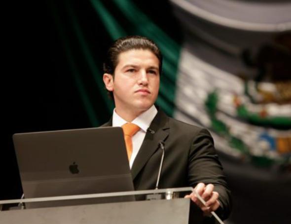 SAMUEL GARCÍA DENUNCIA ESPIONAJE TELEFÓNICO EN OFICINAS
